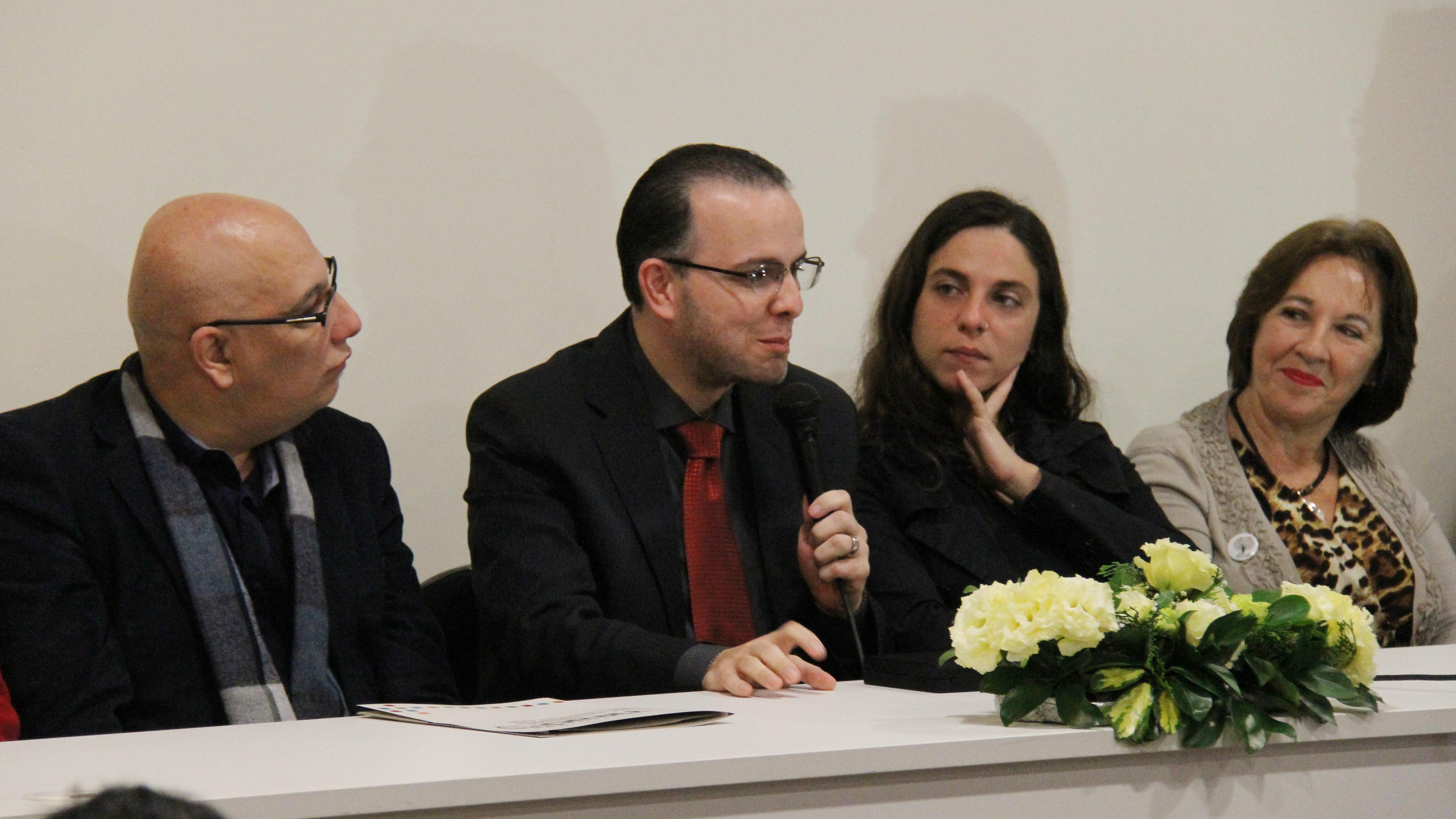 Diretor institucional, Claudio Farias