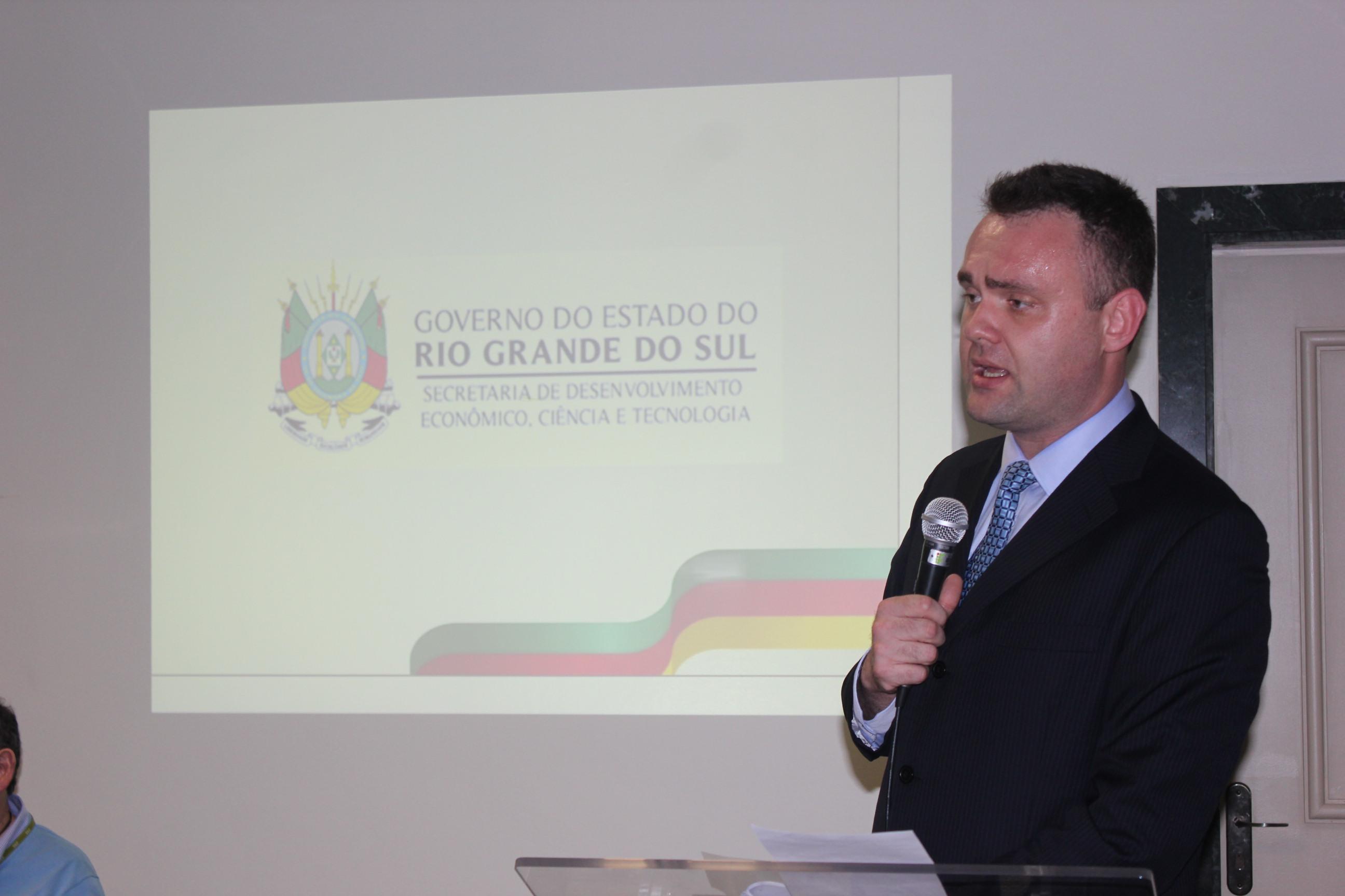 Palestra do Diretor de Apoio à Micro e Pequena Empresa da Secretaria de Desenvolvimento  Econômico, Ciência e Tecnologia