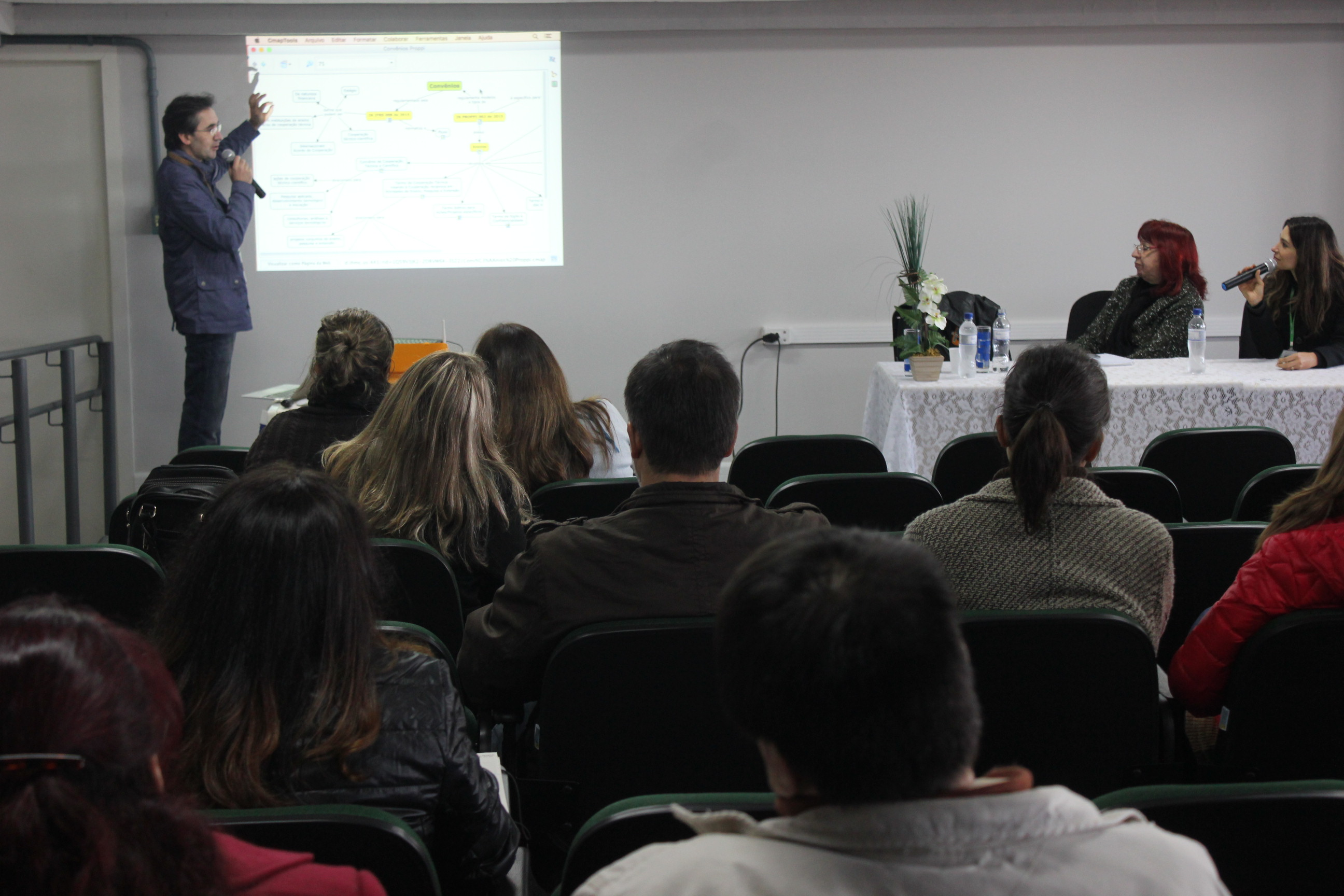 Anderson Cabral, chefe do Departamento de Fomento à Pesquisa e ao Desenvolvimento Tecnológico do IFRS