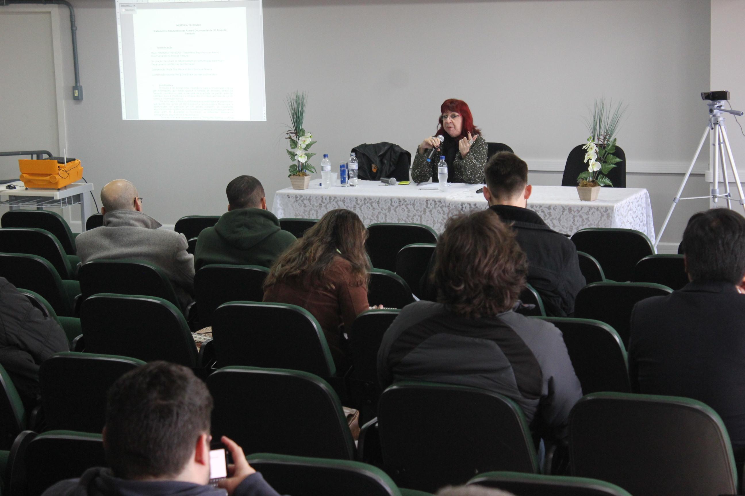 Professora Maria do Rocío Teixeira